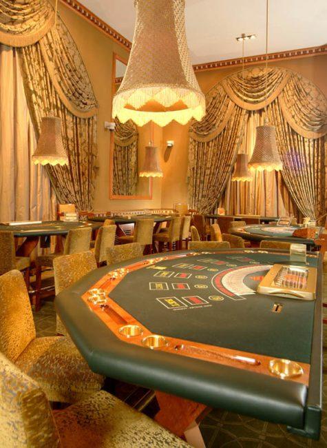 Blackjack 21 Oyna ve Kazan - Blackjack Siteleri